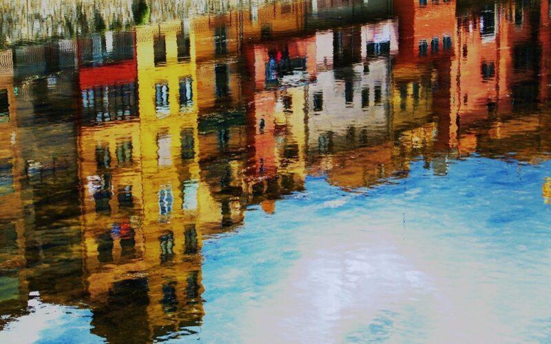 Sadigh Gallery – Handy Tips To Avoid Buying Fake Art